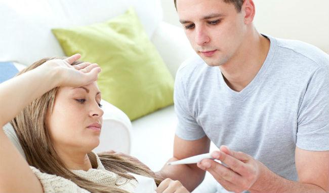 Cuidando da namorada doente