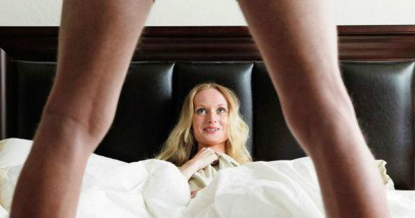 Mulher vendo pênis