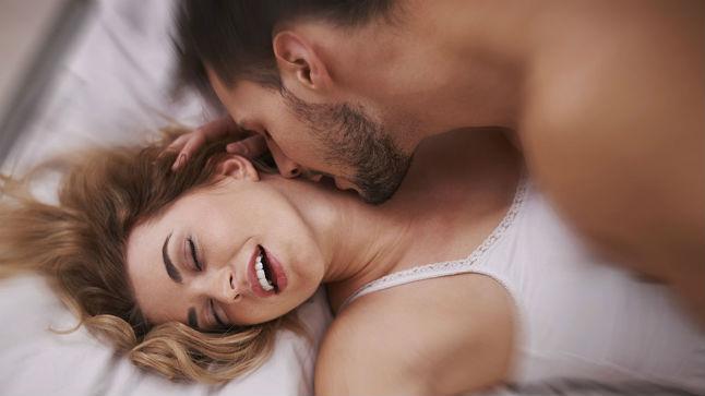 Mulher tendo orgasmo